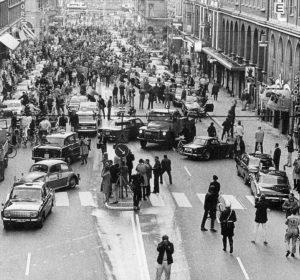 le dimanche 3 septembre 1967 à 5 h du matin en Suède, désigne la date et l'heure choisies par les autorités pour changer le sens de circulation automobile dans le pays, du côté gauche vers le côté droit de la chaussée.
